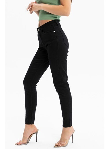 Tiffany&Tomato Paçası Kesik Yüksek Bel Skinny Jean Pantolon - Siyah Siyah